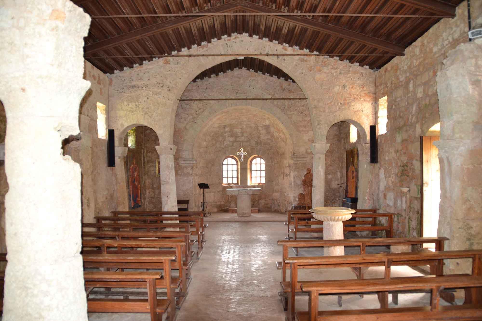 Chiesa di Sant'Eufemia. Interno