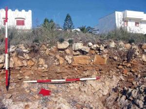 Stratigrafia archeologica erosa dai marosi (Lido Marini)