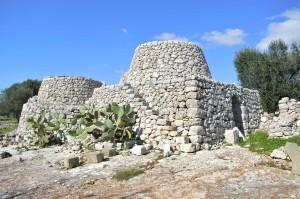 capanne di pietra (Torre Vado)